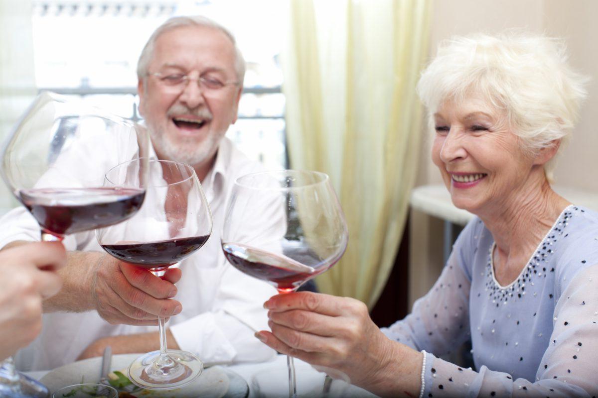 老後資金が不足するおひとりさま女性にとって婚活がウルトラCになるのか?